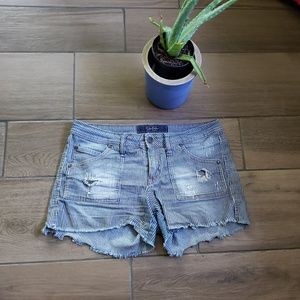 Jessica Simpson striped distressed Jean shorts 29